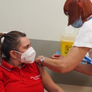 Vaccini, salgono a 106.918 le dosi somministrate al personale sanitario piemontese
