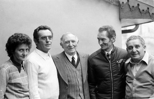 Nell'immagine, da sinistra: Dea, Giuliano, Giuseppe e Ugo Anice, con Enos Pozzo, a metà anni Settanta. (foto William Anice)